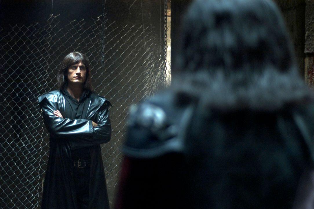 Der gefallene Engel Sammael (Dwaine Stevenson) ahnt noch nicht, dass auch sein finsteres Reich nicht von Dauer ist ... - Bildquelle: 2007 HILT Productions Pty Limited. All Rights Reserved