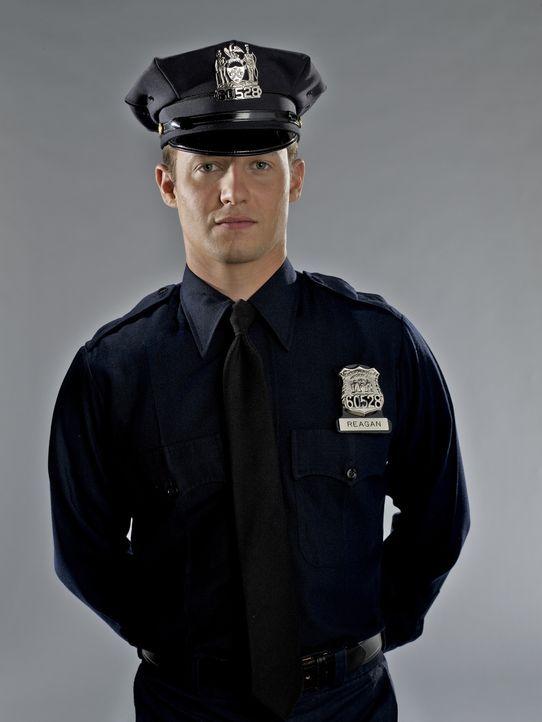 (1. Staffel) - Der Polizeineuling Jamie Reagan (Will Estes) setzt alles daran, den Mord an seinem Bruder Joe aufzuklären ... - Bildquelle: 2010 CBS Broadcasting Inc. All Rights Reserved