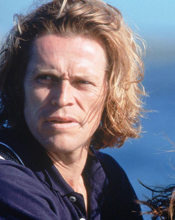 Der Computerspezialist John Geiger (Willem Dafoe) sinnt auf Rache, nachdem er entlassen wurde. Er übernimmt per Fernsteuerung die Kontrolle über ein... - Bildquelle: 1997 Twentieth Century Fox Film Corporation. All rights reserved.