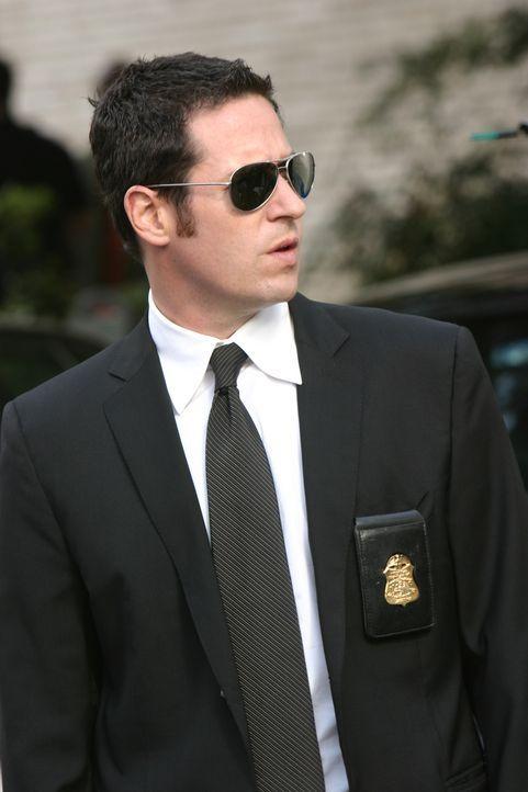 Ein Journalist wird durch eine Briefbombe getötet. Don (Rob Morrow) und sein Team versuchen den Täter zu finden ... - Bildquelle: Paramount Network Television