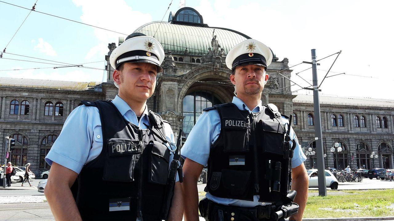 """Spannend, skurril und schockierend: In """"Achtung Kontrolle! Einsatz für die Ordnungshüter"""" lassen die Ermittler, wie die Bundespolizei Nürnberg, ihre... - Bildquelle: kabel eins"""
