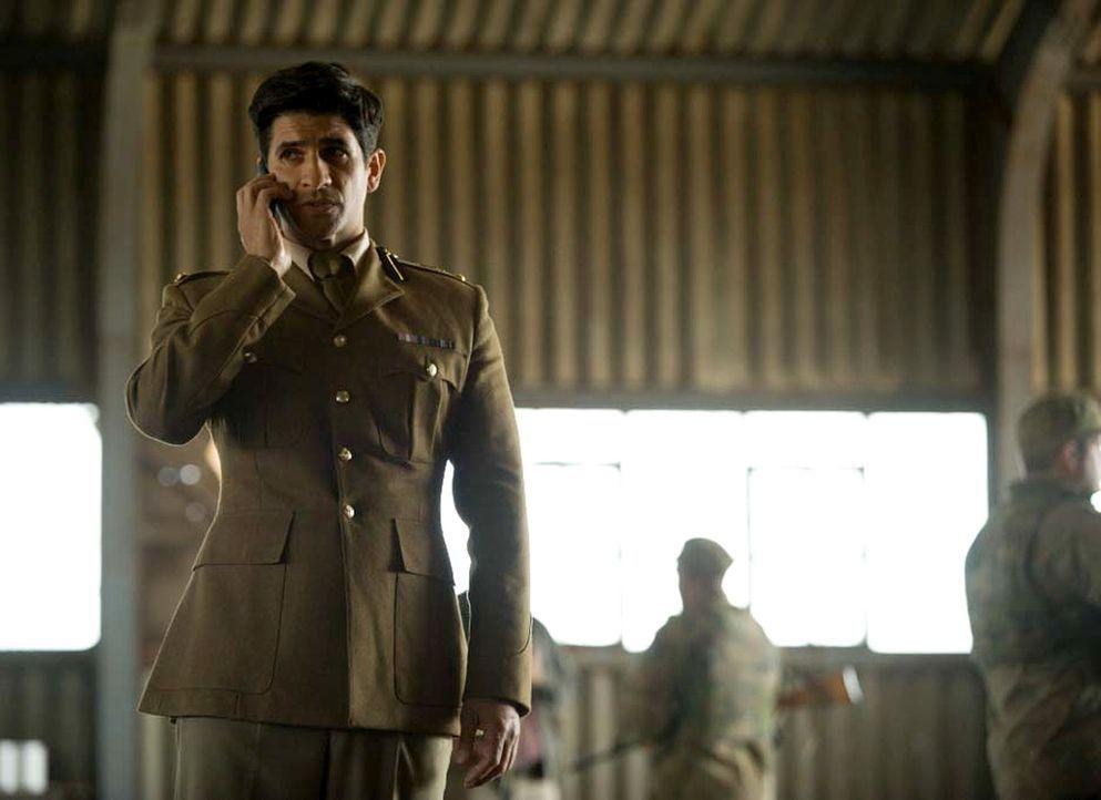 Carrie geht dem Hinweis von Aasar Khan (Raza Jaffrey) nach, der ihr verraten hat, dass Dennis Boyd für den ISI arbeitet, doch der streitet alles ab... - Bildquelle: Homeland   2014 Twentieth Century Fox Film Corporation