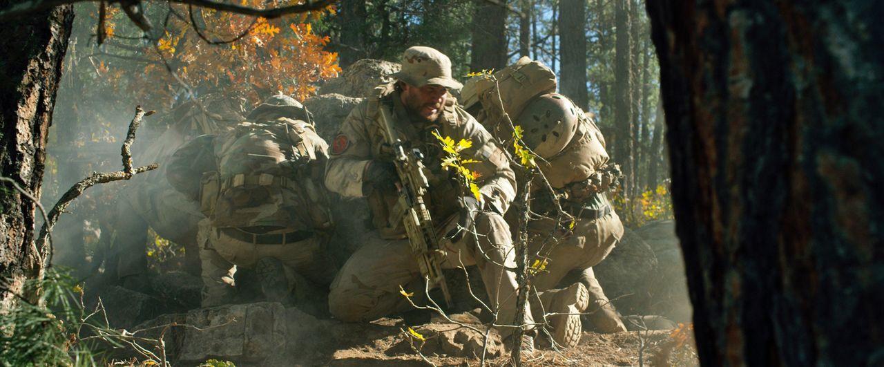Aus den Jägern werden Gejagte: Mike Murphy (Taylor Kitsch) ... - Bildquelle: Universal Pictures