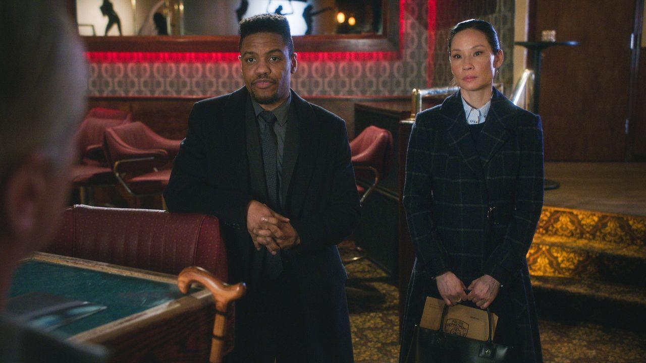 Als ein Teilnehmer einer Realityshow umgebracht wird, glauben Bell (Jon Michael Hill, l.) und Watson (Lucy Liu, r.) sofort zu wissen, wer der Mörder... - Bildquelle: 2017 CBS Broadcasting, Inc. All Rights Reserved.
