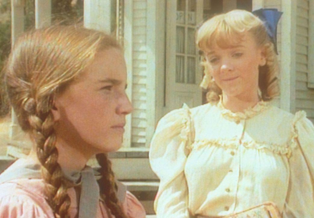 Albert versteht sich prächtig mit Charles, den er schon bald als 'Pa' bezeichnet. Doch damit kommt Laura (Melissa Gilbert, l.) gar nicht zurecht ... - Bildquelle: Worldvision