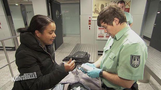 Achtung Kontrolle - Achtung Kontrolle! - Thema U.a.:artenschutzkontrolle - Zollkontrolle, Flughafen Frankfurt Am Main
