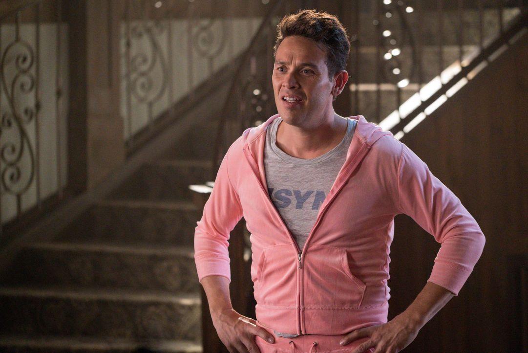 Während Dan (Kevin Alejandro) versucht, Informationen über Lucifer zu sammeln, fasst Maze einen Plan, mit dem sie ihren König endlich zur Rückkehr i... - Bildquelle: 2016 Warner Brothers