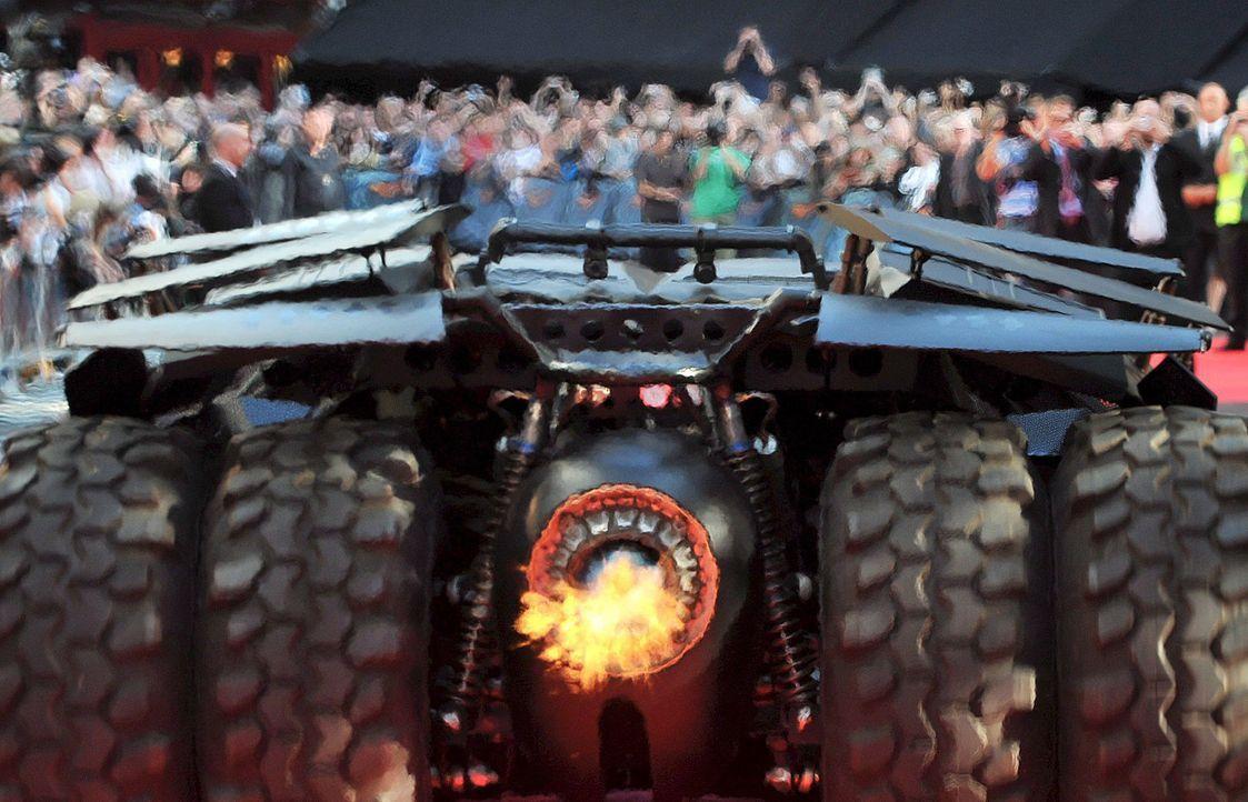 Batmobil-The-Dark-Knight-dpa - Bildquelle: dpa