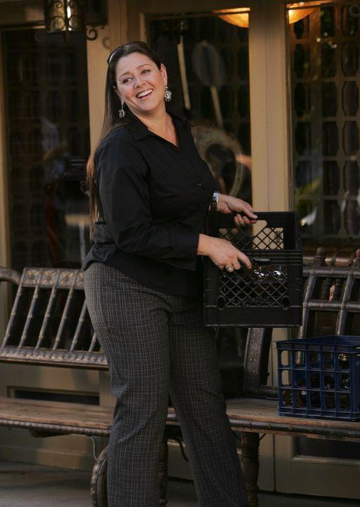 Ist überglücklich, dass Melinda wieder aus dem Krankenhaus entlassen wurde: Delia (Camryn Manheim) - Bildquelle: ABC Studios
