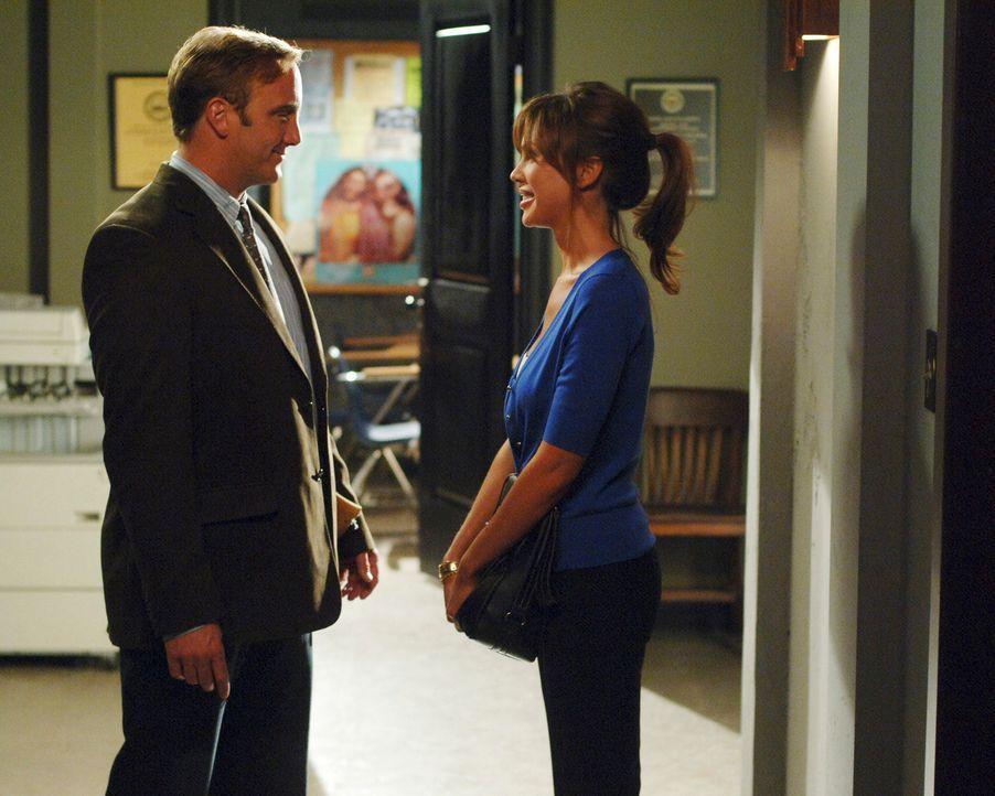 Hat die Liebe von Professor Rick Payne (Jay Mohr, l.) und Nina Haley (Nikki Cox, r.) eine Chance ... - Bildquelle: ABC Studios
