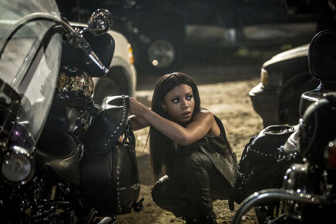 Agent Percy (Shalita Grant) ist der Köder, um an die Hintermänner der tödlichen Motorradrennen zu kommen. Doch dann eskaliert die Situation und es w... - Bildquelle: Skip Bolen 2016 CBS Broadcasting, Inc. All Rights Reserved