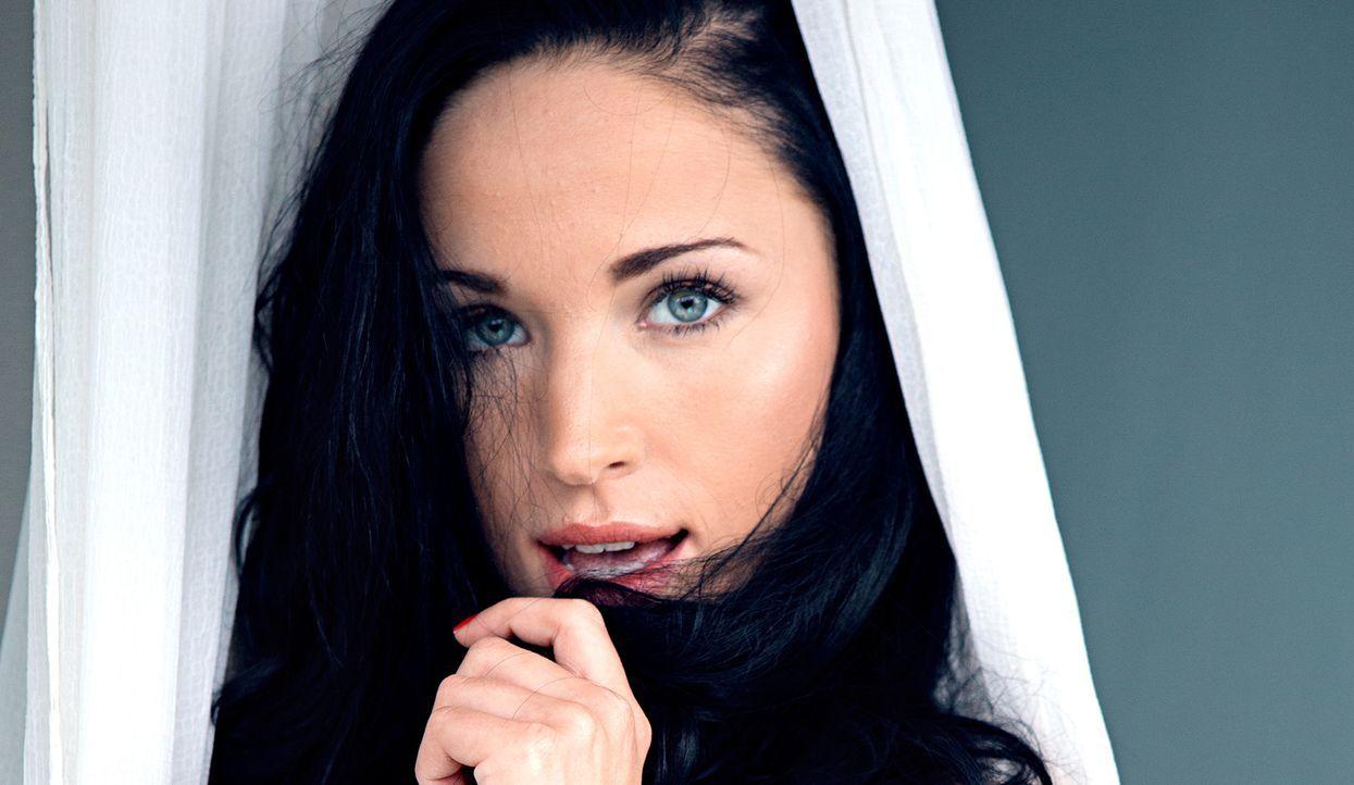 Laura Kaiser - Bildquelle: Jeff Ford für Playboy Februar 2015