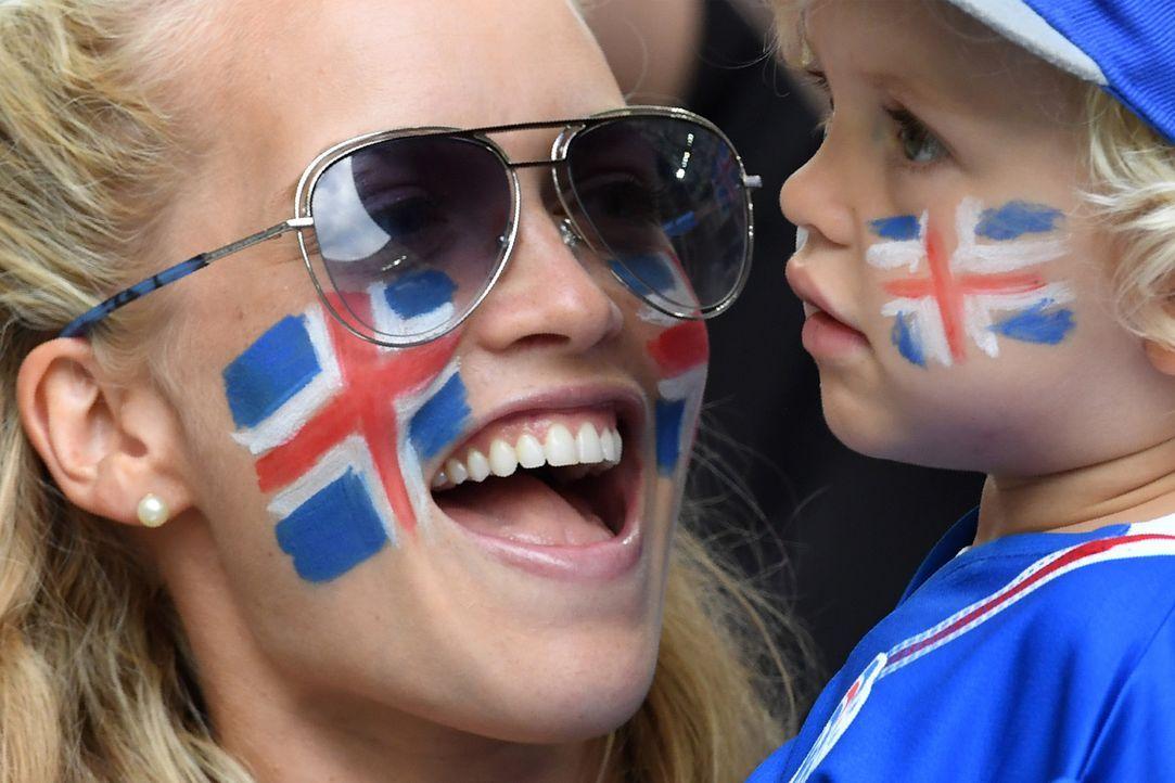 Iceland_mum_BORIS HORVAT_AFP - Bildquelle: AFP / BORIS HORVAT
