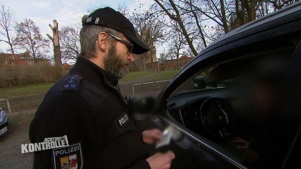 Achtung Kontrolle - Achtung Kontrolle! - Thema U.a.: Auf Der Jagd Nach Handysündern - Polizei Neubrandenburg