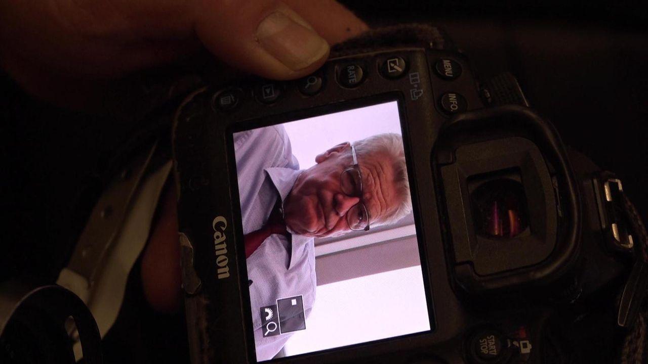 Über ein halbes Jahr lang begleitete Dr. Dietmar Klumpp Bundespräsident Joachim Gauck und seine Mitarbeiter mit der Kamera und taucht in die Welt de... - Bildquelle: kabel eins