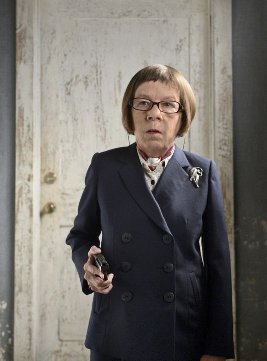 Was hat Hetty (Linda Hunt) nur vor? - Bildquelle: CBS Studios Inc. All Rights Reserved.