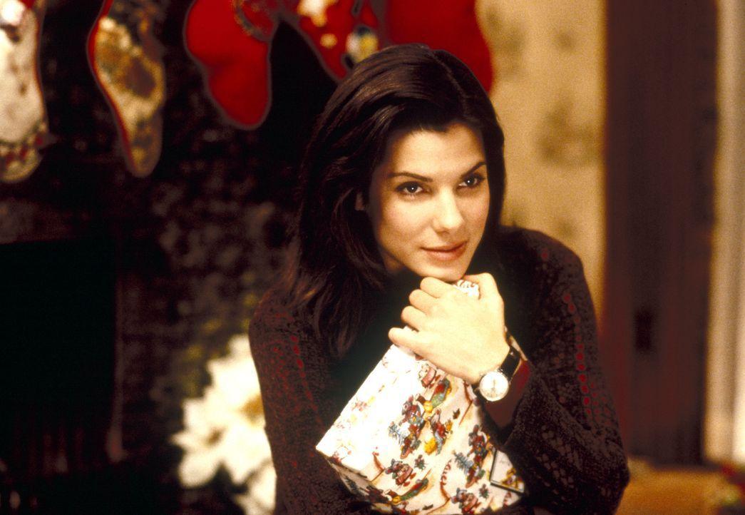 Obwohl sie nett, charmant und gut aussehend ist, hat Lucy Moderatz (Sandra Bullock) noch nicht den Mann fürs Leben gefunden. Zwar gibt es da ein Obj... - Bildquelle: Michael P. Weinstein Hollywood Pictures. All Rights Reserved. / Michael P. Weinstein