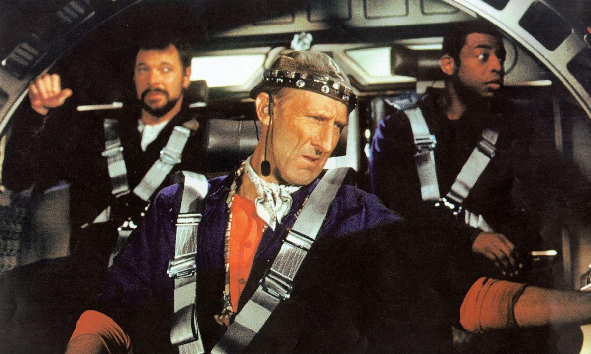 Der geniale Ingenieur Zefram Cochrane (James Cromwell) hat den Warp-Antrieb erfunden. - Bildquelle: Paramount Pictures