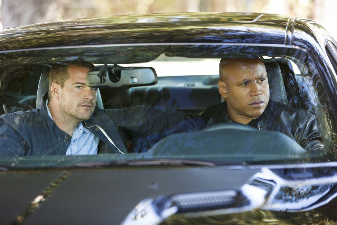 Ein neuer Fall wartet auf Callen (Chris O'Donnell, l.) und Sam (LL Cool J, r.) ... - Bildquelle: CBS Studios Inc. All Rights Reserved.