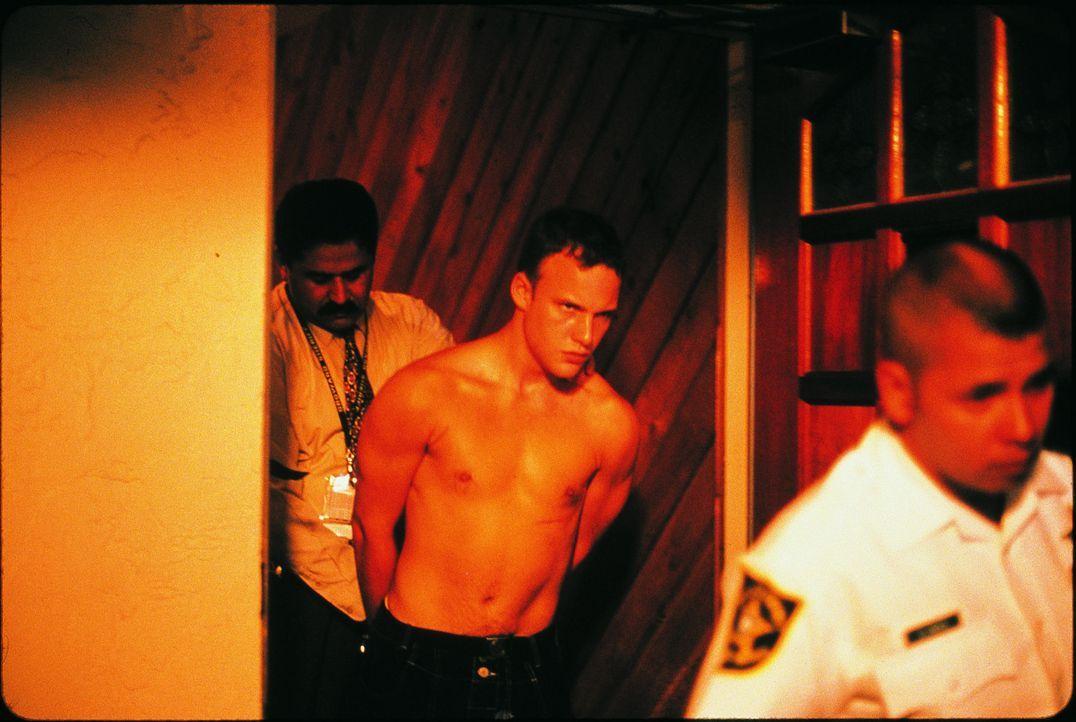 Gerät in einen Strudel der Gewalt: der 16-jährige Marty (Brad Renfro, M.) ...