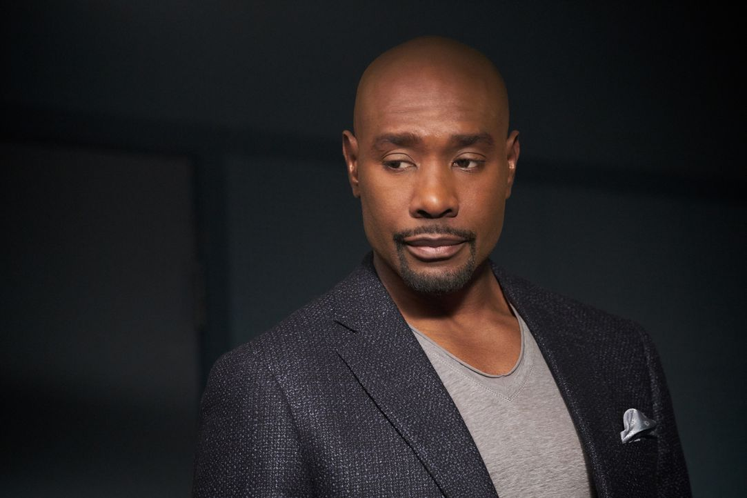 Ohne eine neue Niere stehen Rosies (Morris Chestnut) Chancen schlecht, den nächsten Winter noch zu erleben. Doch die Niere des Spenders, der sofort... - Bildquelle: 2016-2017 Fox and its related entities. All rights reserved.