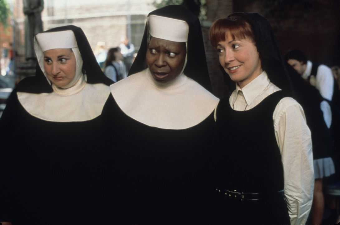 (v.l.n.r.) Mary Patrick (Kathy Najimy); Deloris (Whoopi Goldberg); Mary Robert (Wendy Makkena) - Bildquelle: Touchstone Pictures & © Buena Vista Pictures. All Rights Reserved.
