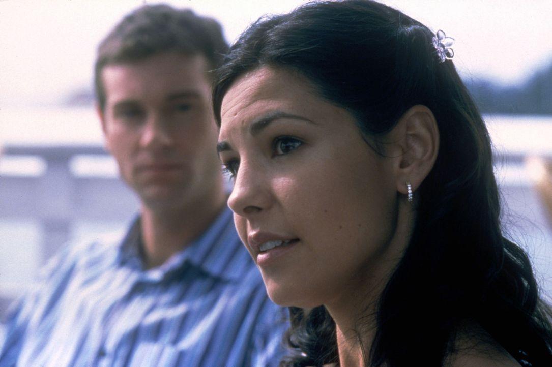 Alison (Melissa Yvonne Lewis, r.), die von Jason eine Liebeserklärung erhalten hat, zweifelt plötzlich an ihrer Beziehung. Sie weiß nicht, dass J... - Bildquelle: Copyright    2004 Cruel III Productions, LLC. All Rights Reserved.