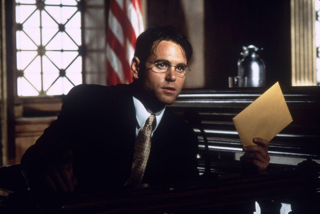 Ahnt nicht, dass er sich mit seinen Forderungen in Lebensgefahr begibt: Julian Haynes (Joe Michael Burke) ... - Bildquelle: Columbia Pictures