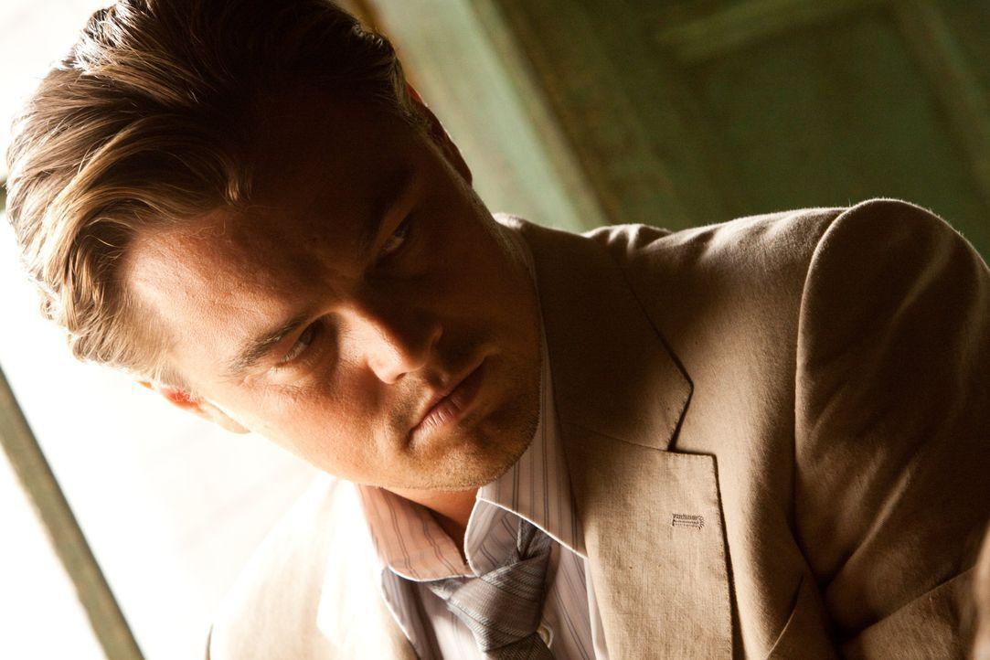 Der Verstand einflussreicher Mensch ist sein Arbeitsgebiet: Cobb (Leonardo DiCaprio) dringt in das Unterbewusstsein der Geschäftsleute ein und stieh... - Bildquelle: 2010 Warner Bros.