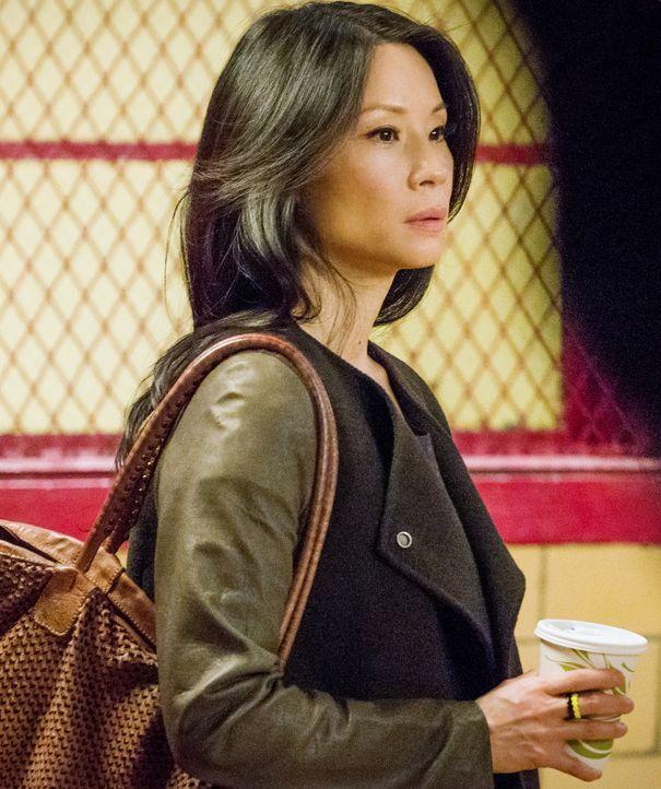 Watson (Lucy Liu) und Holmes ermitteln in einer Geiselnahme, deren Opfer jahrelang für tot gehalten wurde ... - Bildquelle: CBS Television