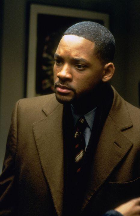 Robert Clayton Dean (Will Smith) ist ein junger, erfolgreicher Anwalt, der mit seiner Frau und seinen Kindern ein ruhiges Leben in der Vorstadt füh... - Bildquelle: Buena Vista Pictures