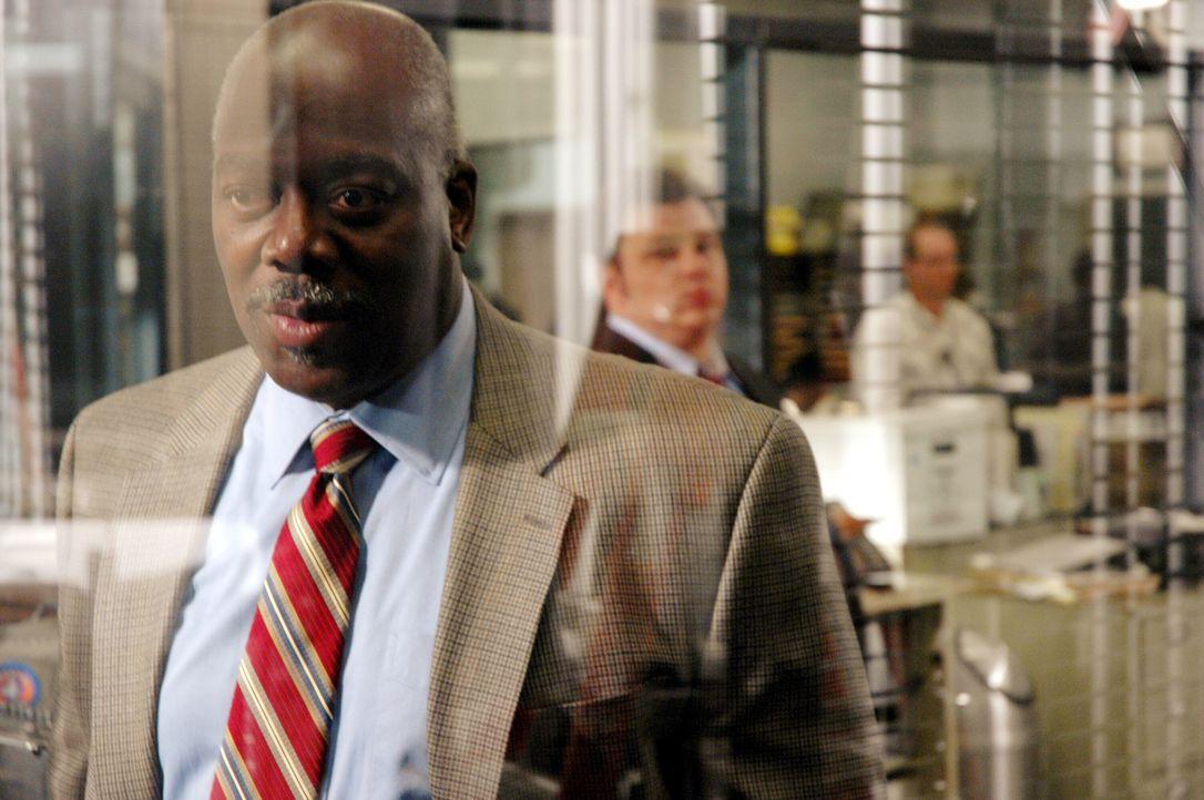 Wird von der Vergangenheit eingeholt: Det. Will Jeffries (Thom Barry, l.) - Bildquelle: Warner Bros. Television