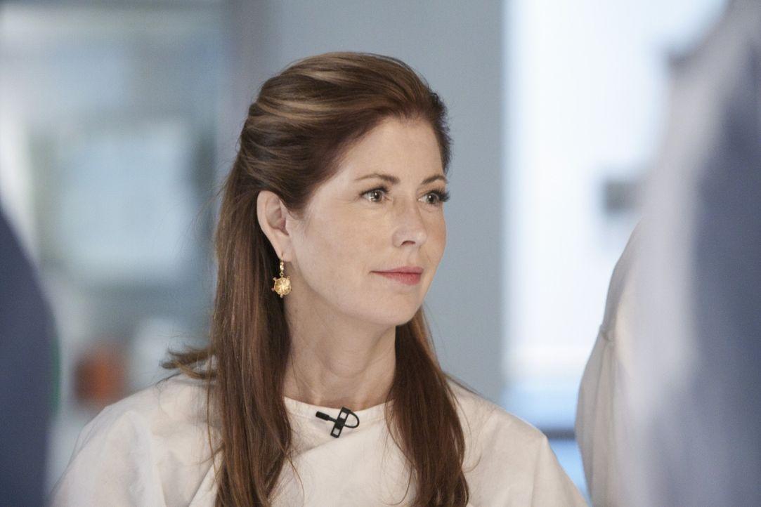 Bei der Untersuchung der Leiche einer jungen Frau macht Dr. Megan Hunt (Dana Delany) eine grausame Entdeckung ... - Bildquelle: 2011 American Broadcasting Companies, Inc. All rights reserved.
