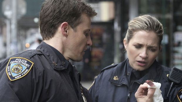 Blue Bloods - Blue Bloods - Staffel 8 Episode 21: Die Hintertür