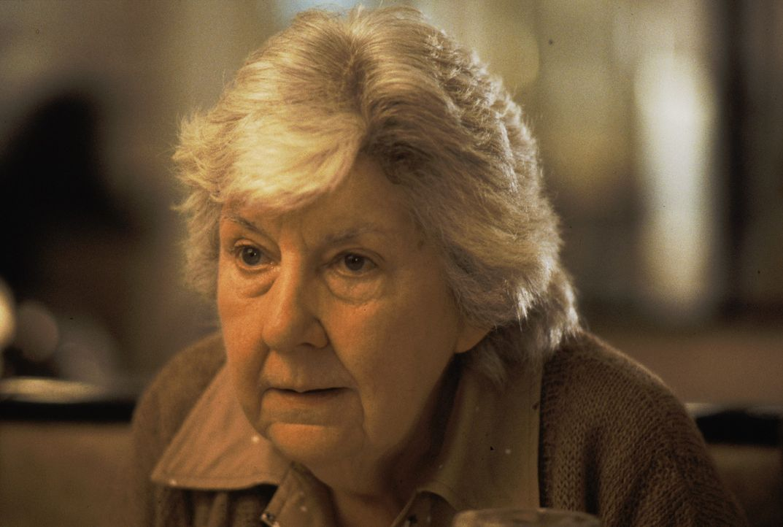 Nana (Maureen Stapleton) steht ihren Liebsten mit Rat und Tat zur Seite ... - Bildquelle: Warner Brothers International