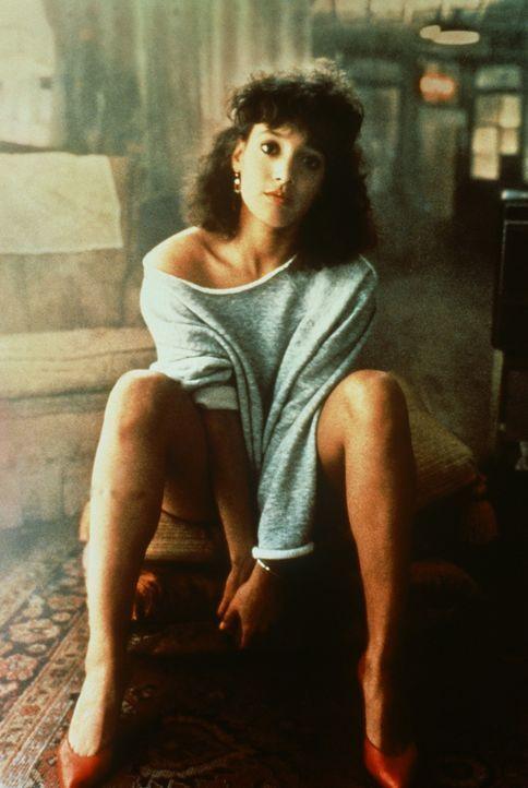 Die 18-jährige Alex (Jennifer Beals) träumt immer wieder davon, als klassische Balletttänzerin Karriere zu machen ... - Bildquelle: Paramount Pictures