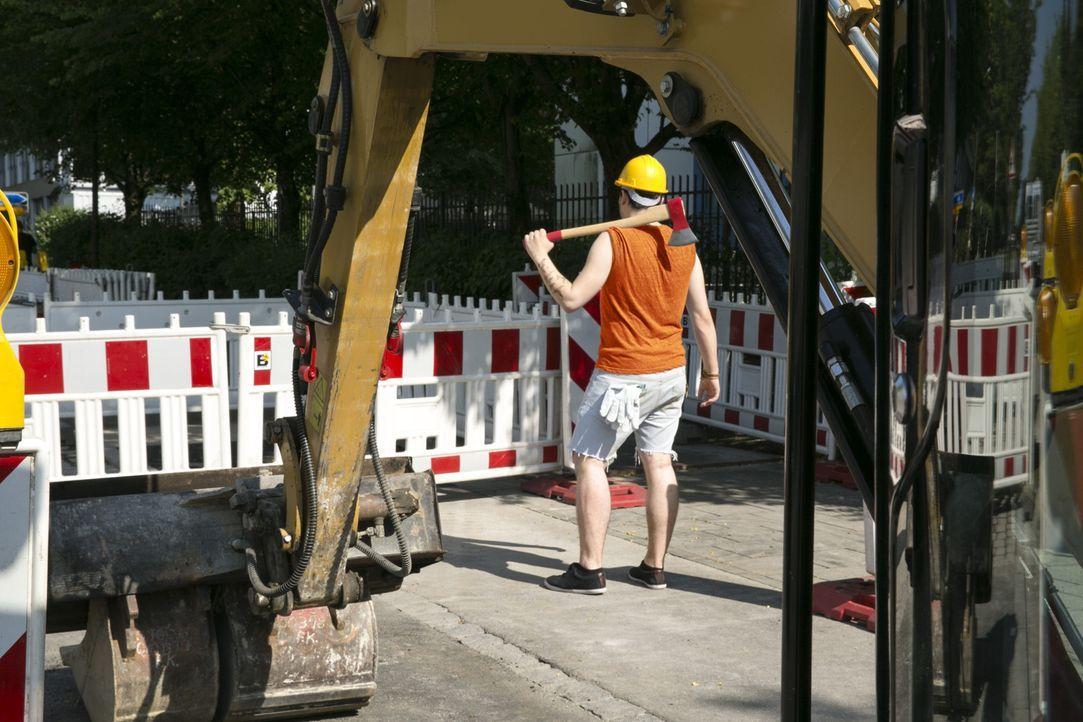 """Im neuen Dokutainment-Format """"Achtung Baustelle"""" dreht sich alles um die Themen Bauen, Kaufen, Renovieren und Wohnen ... - Bildquelle: Alina Jahrmarkt kabel eins"""