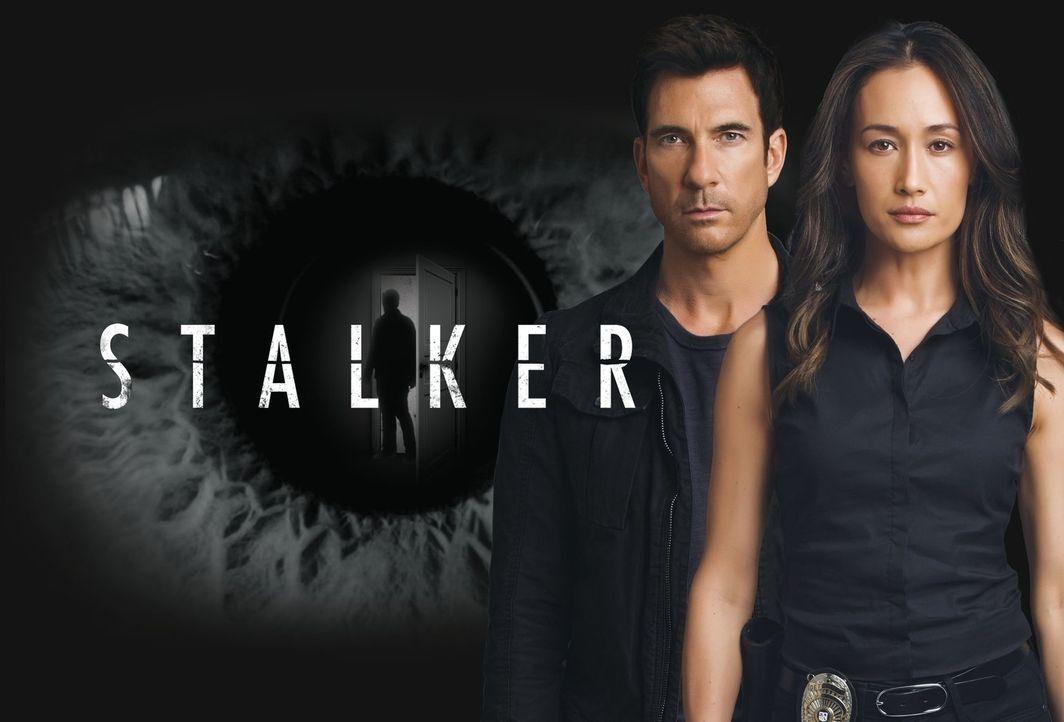 (1. Staffel) - Lieutenant Beth Davis (Maggie Q, r.) und Detective Jack Larsen (Dylan McDermott, l.), beide Teil der LAPD Threat Assessment Unit, ver... - Bildquelle: Warner Bros. Entertainment, Inc.