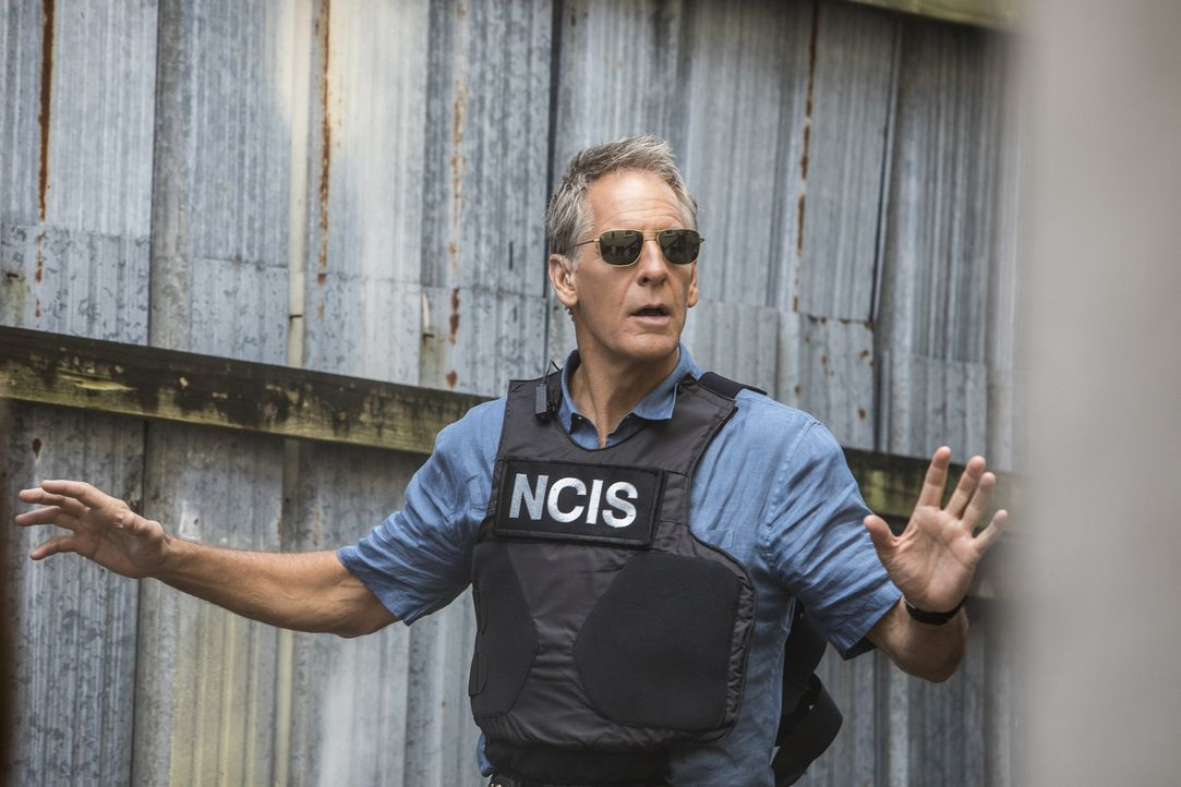 Emittelt im Fall der ermordeten Unteroffiziers: NCIS-Special Agent Dwayne Pride (Scott Bakula) ... - Bildquelle: Skip Bolen 2017 CBS Broadcasting, Inc. All Rights Reserved