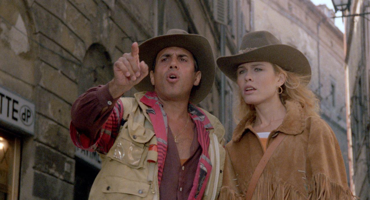 Tito Torrisi (Adriano Celentano, l.); Mary Macchiavelli (Debra Feuer, r.) - Bildquelle: 1986 Cecchi Gori Group. All Rights Reserved.
