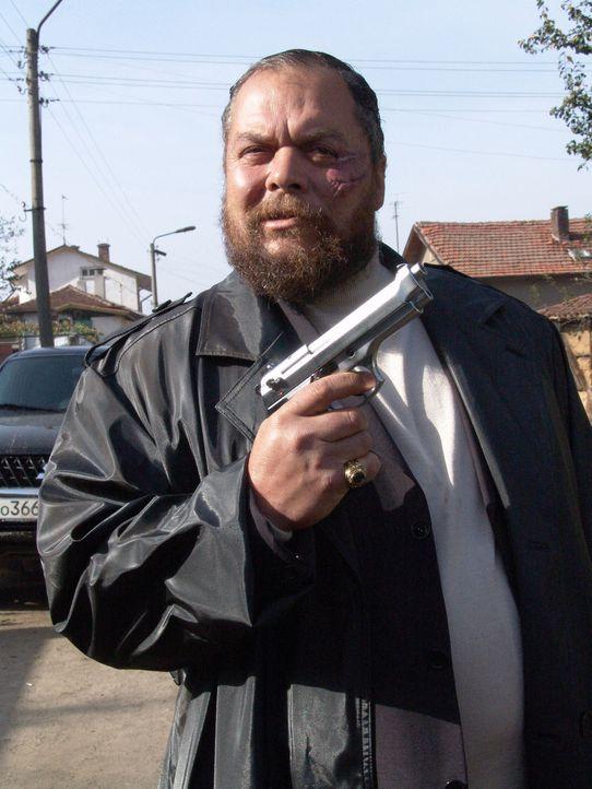Nick Cherenko hat noch eine Rechnung mit dem Gangster Sasha (Ivan Petrushinov) offen. Aber nicht mehr lange ... - Bildquelle: Nu Image Films