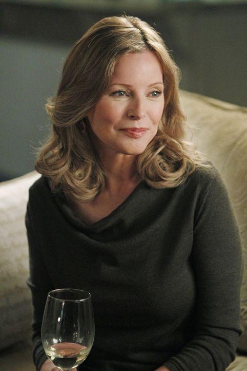 Das NCIS-Team ist gerade mit Duckys romantischen Ausflügen mit Mary Courtney (Cheryl Ladd) beschäftigt, als es auf eine grausame Tat stößt. Sofort b... - Bildquelle: CBS Television