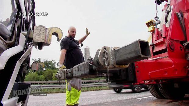 Achtung Kontrolle - Achtung Kontrolle! - Thema U.a.: Schwerer Unfall Am Offenbacher Kreuz - Abschlepper Sucht Verzweifelt Die Rettungsgasse