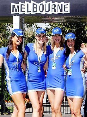 In Melbourne setzt man auf Foster's-Blau... - Bildquelle: DPA