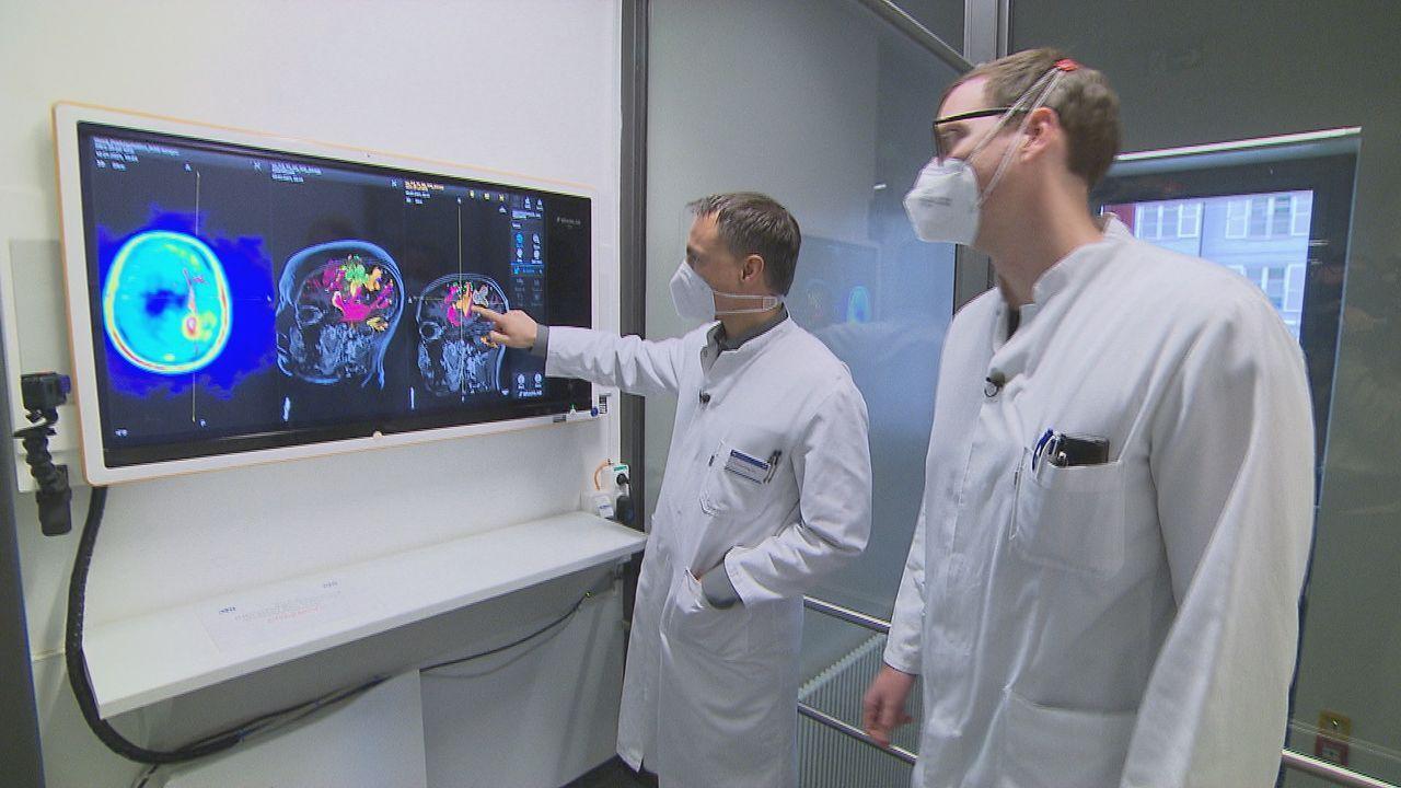 Diesmal gewährt Unfallchirurg Prof. Dr. Biberthaler einen Einblick in seinen... - Bildquelle: Kabel Eins