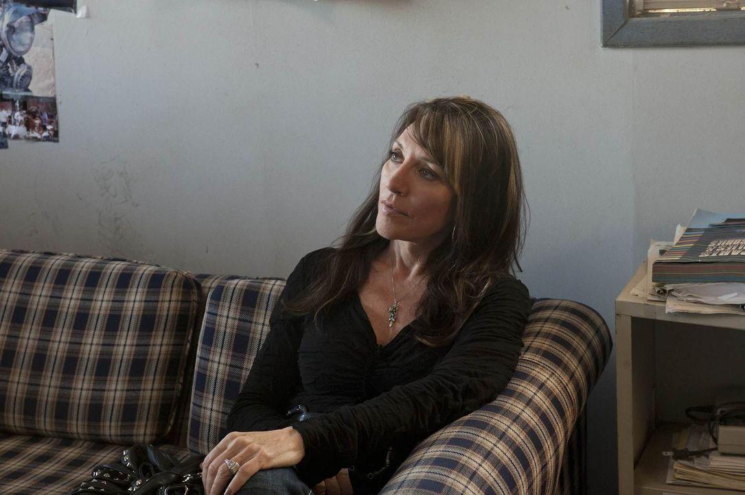 Nach und nach muss sich Gemma (Katey Sagal) eingestehen, dass ihre Welt immer weiter auseinander bricht ... - Bildquelle: 2011 Twentieth Century Fox Film Corporation and Bluebush Productions, LLC. All rights reserved.