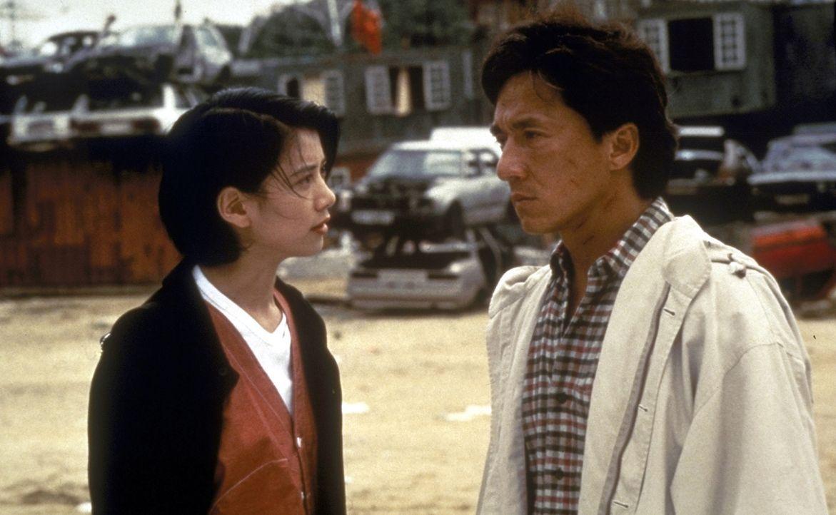 Amy Yip (Anita Yuen, l.) und Jackie Chan (Jackie Chan, r.) haben gefährliche Gegner ... - Bildquelle: New Line Cinema
