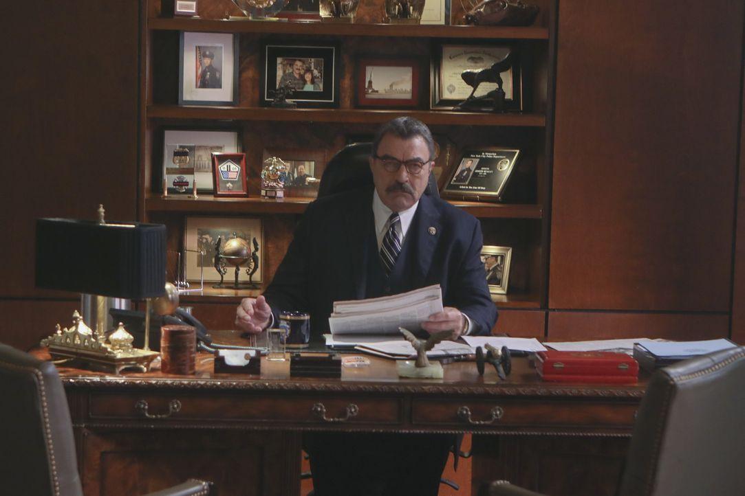 Frank Reagan (Tom Selleck) - Bildquelle: Craig Blankenhorn 2017 CBS Broadcasting Inc. All Rights Reserved. / Craig Blankenhorn