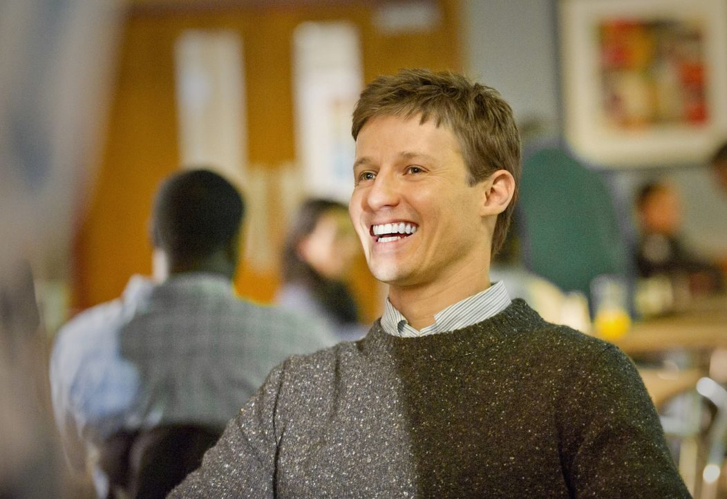Noch hat Jamie Reagan (Will Estes) gut Lachen ... - Bildquelle: 2011 CBS Broadcasting Inc. All Rights Reserved