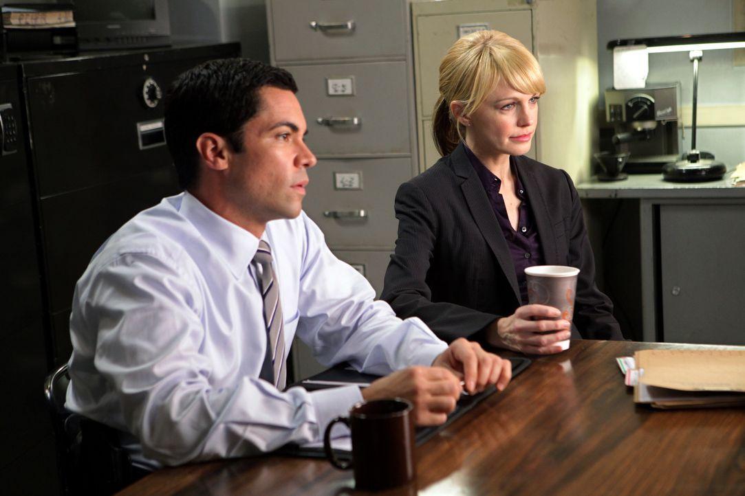 Ein Soldat der Green Berets bringt Det. Lilly Rush (Kathryn Morris, r.) und Det. Scott Valens (Danny Pino, l.) dazu, einen Fall aus dem Jahr 2005 no...